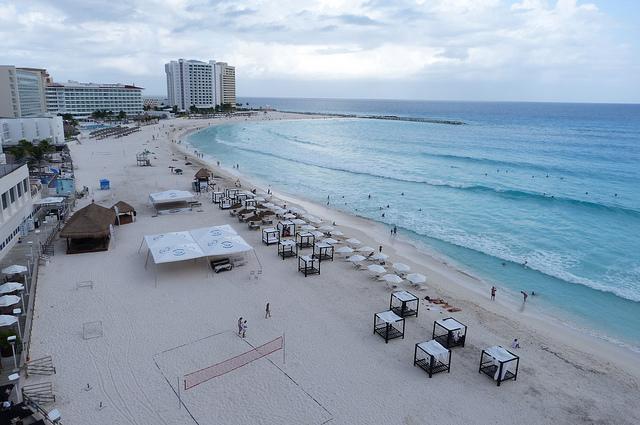 Gaviota Azul Beach Cancun